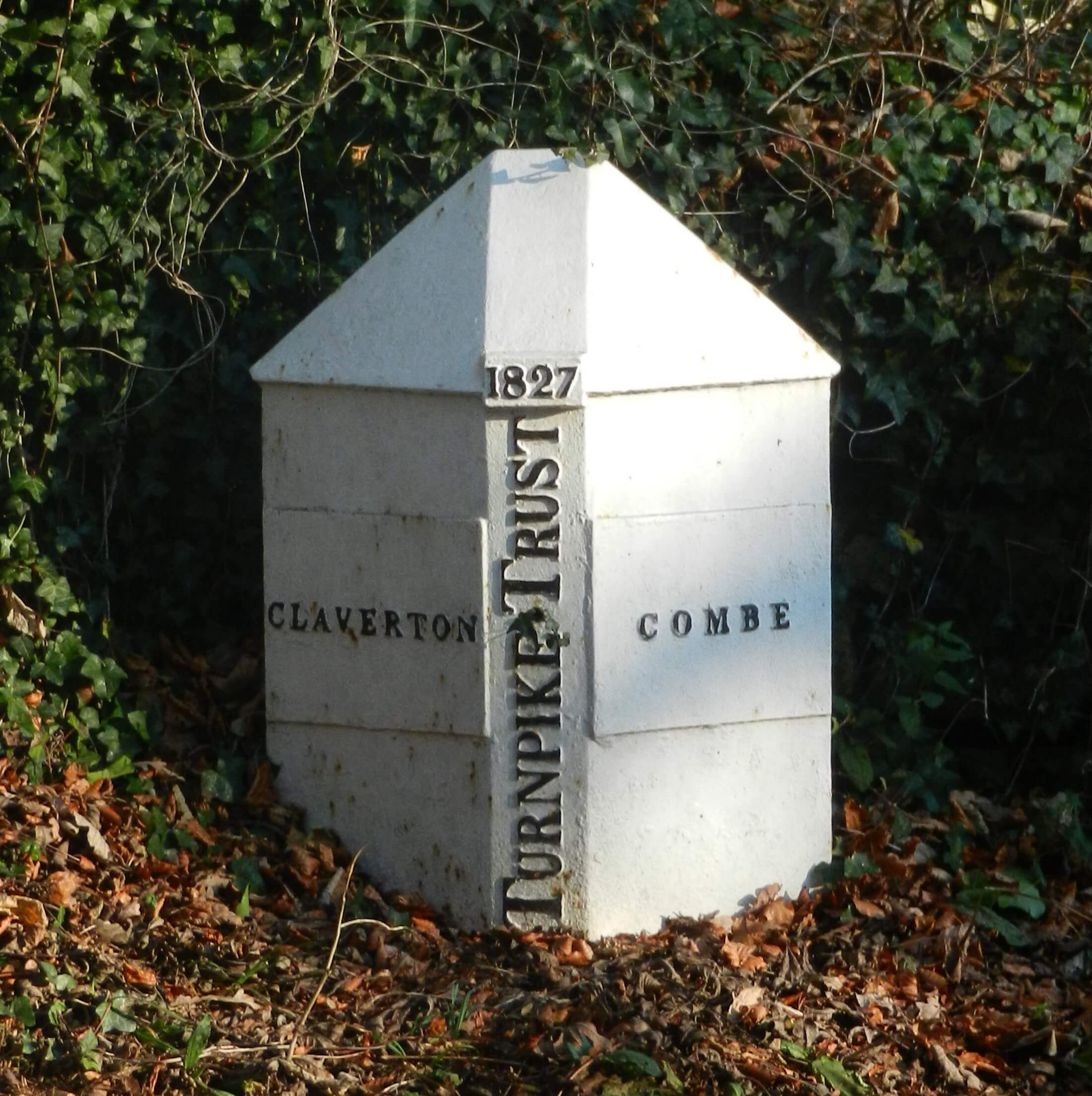 Turnpike marker on Brassknocker Hill
