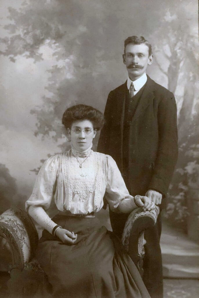 Edward Victor Selley (1887 - 1964) lived at Isabella Cottage and Mary Elizabeth Lacey (1887 - 1960)