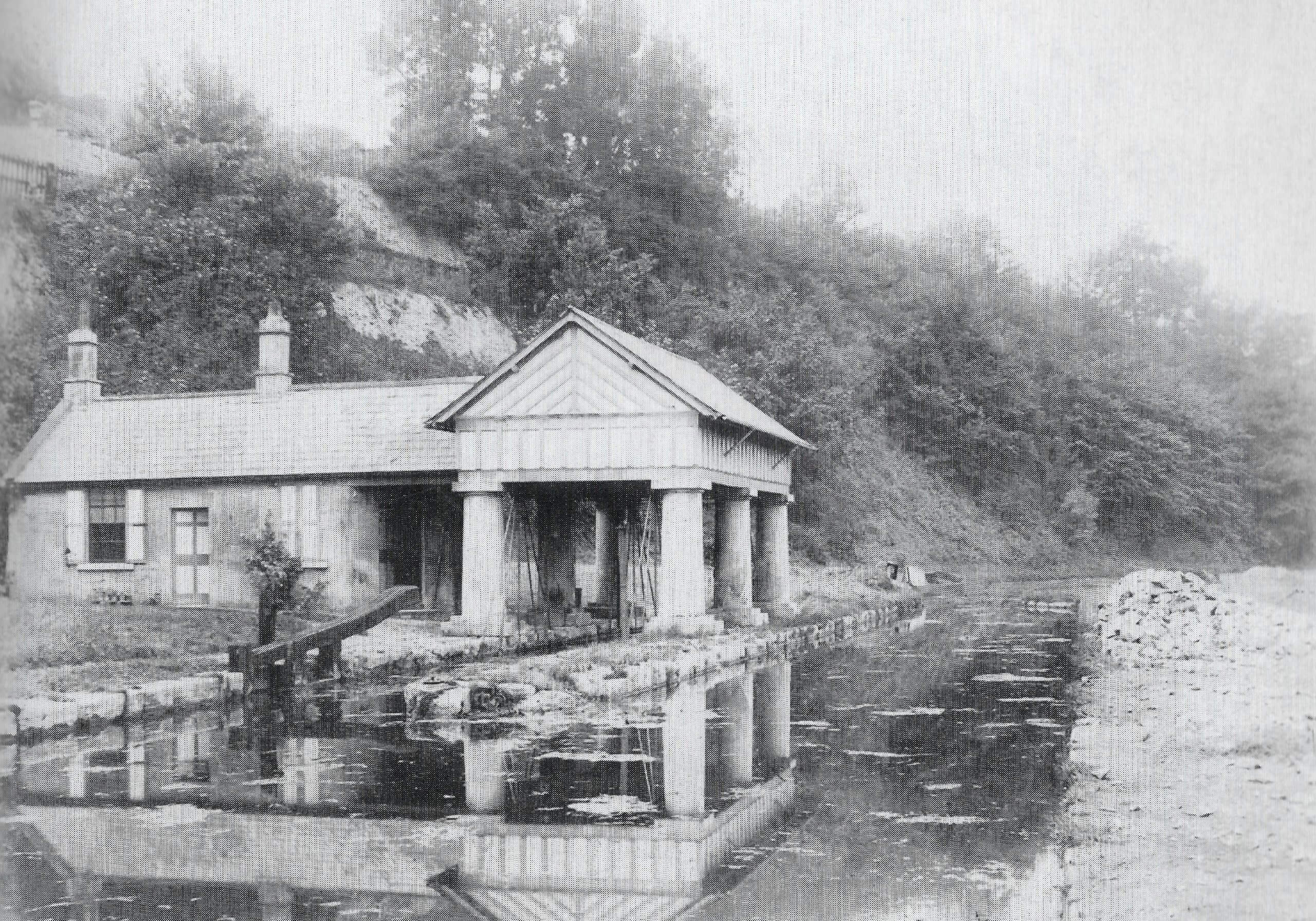 Weigh house for canal at Midford about 1890