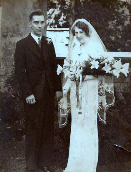 Henry Newman and Daphne Sumsion wedding, Combe Down 1939