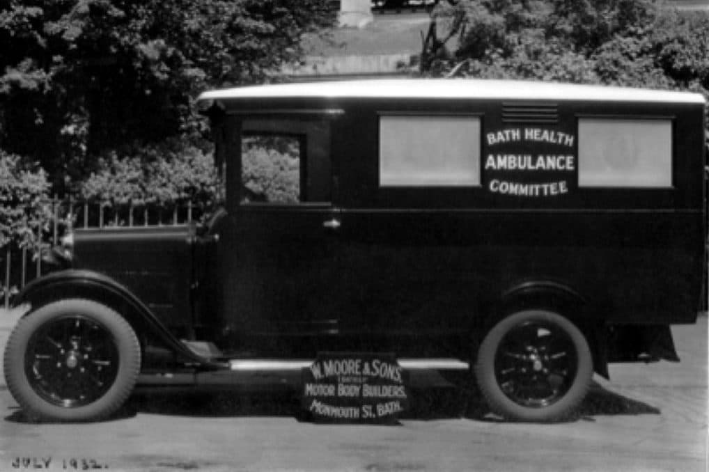 Isolation hospital 20 horsepower Austin ambulance1932
